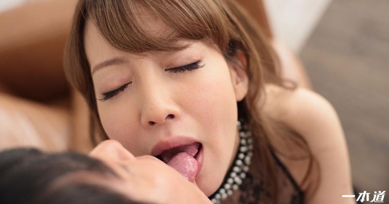 宮崎千尋の無修正アダルトサイト一本道の画像【25枚】&別名義をご紹介